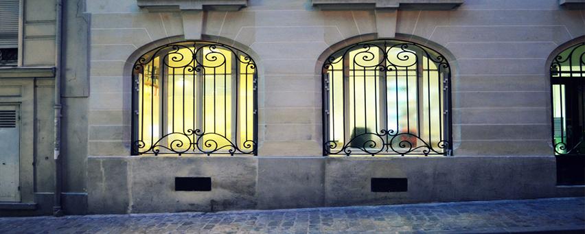 Заказать кованые решетки на окна в Сочи